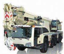 AC系列用于崎岖不平或泥泞场地上作业的全路面起重机